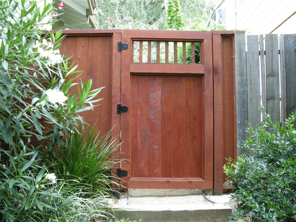 side yard access gate